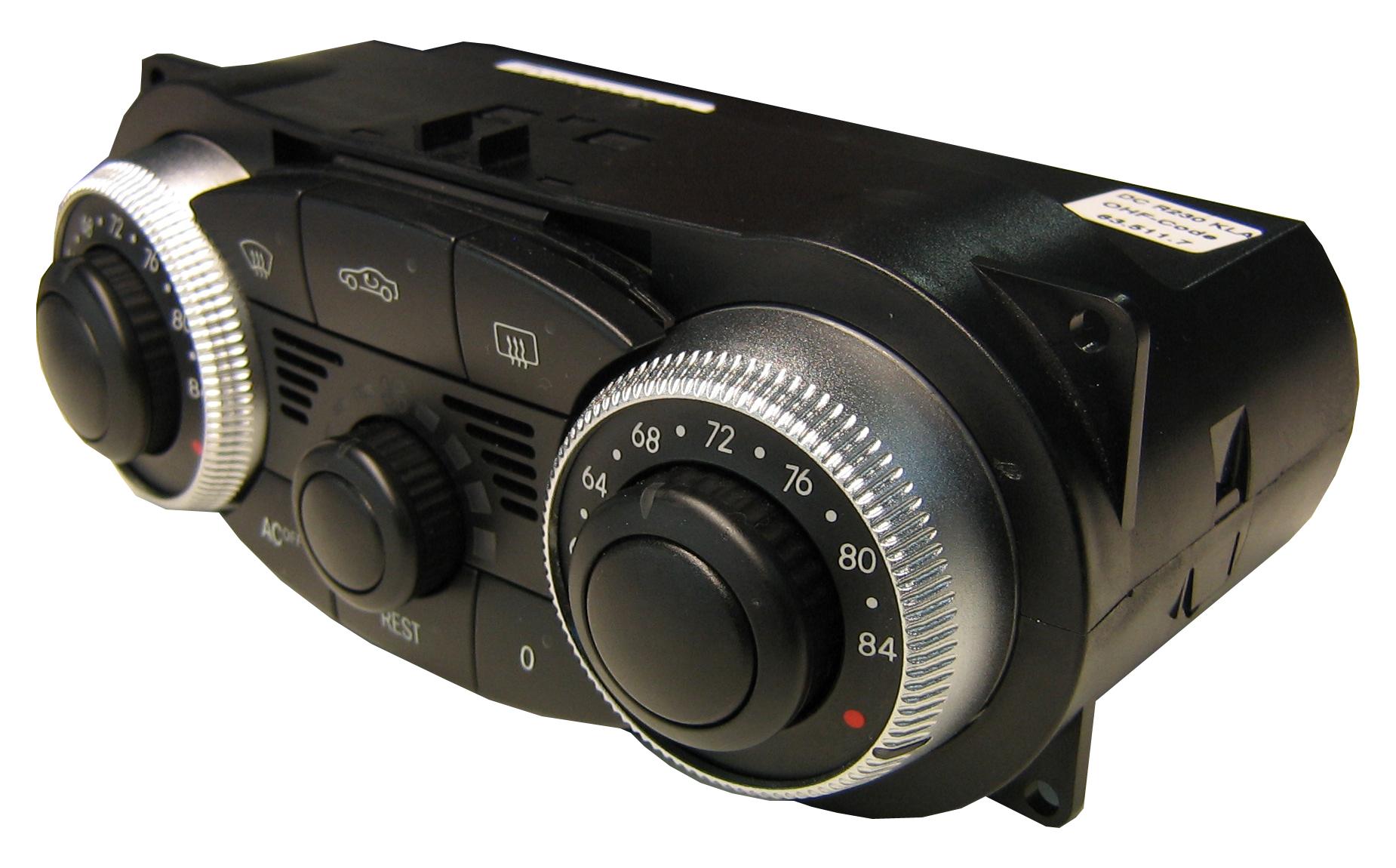 Mercedes Climate Control Unit 230 830 0285