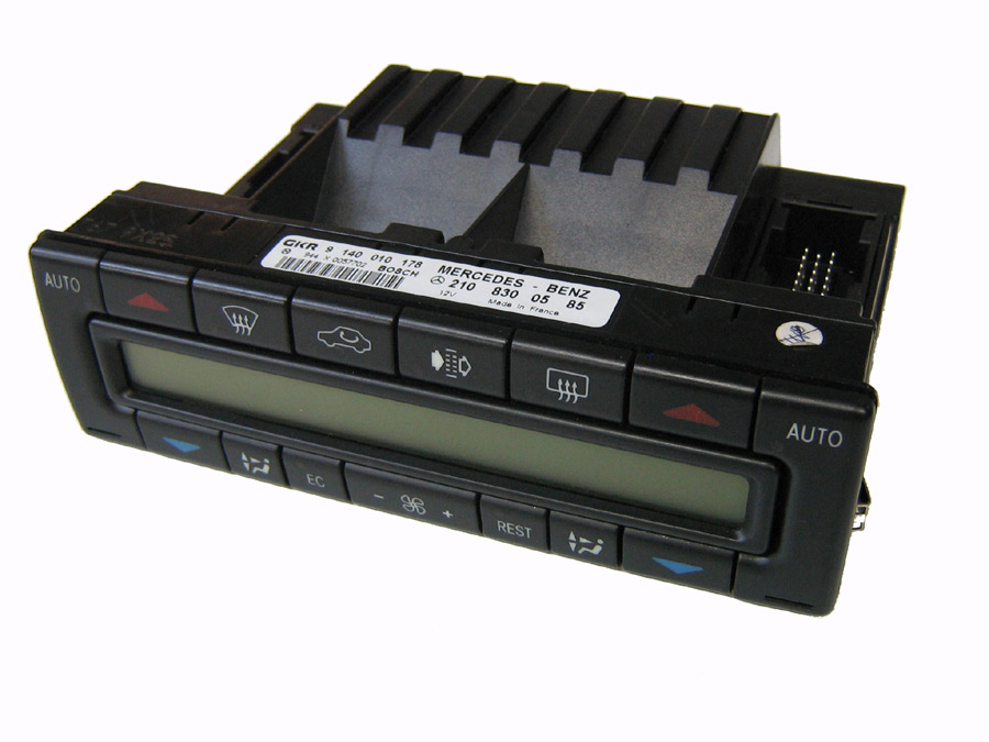 Mercedes Climate Control Unit 210 830 0785