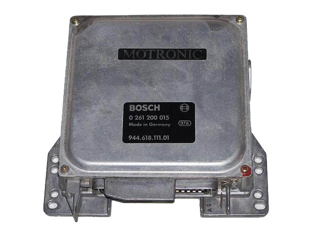 Porsche Engine Control Unit 0 261 200 015