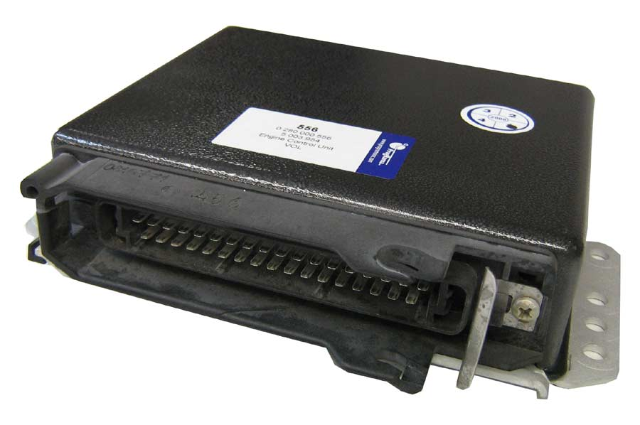 Volvo Engine Control Unit 0 280 000 556